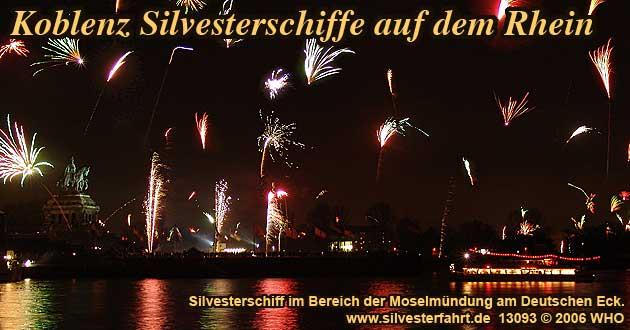 Silvesterfeuerwerk Silvester Koblenz am Rhein Silvesterparty auf dem Schiff